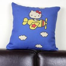 Animação criativa dos desenhos animados olá Kitty cat jogar travesseiro fronha atacado