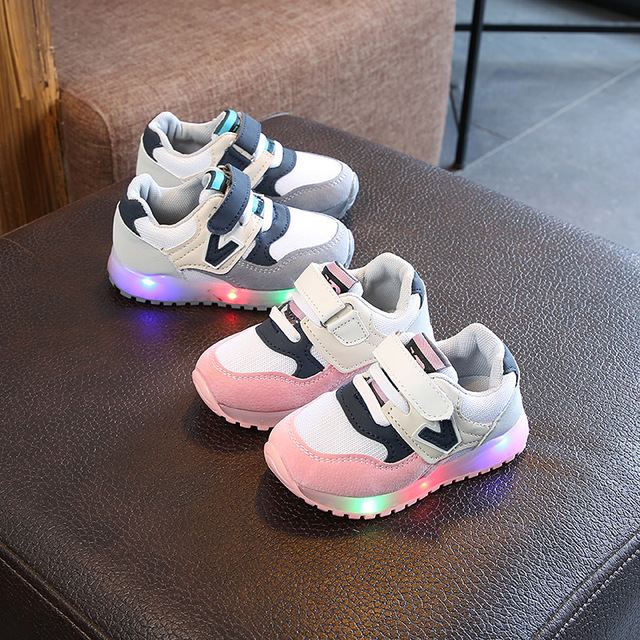 New 2018 famous brand fashion boys girls shoes leather Cool  toddler glowing sneakers first walkers elegant casual baby shoes