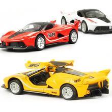 Koleksi Mobil Model 1:36