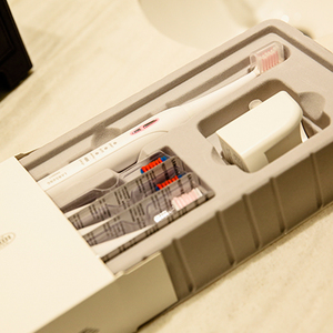 Image 4 - Lansung sonic elektrikli diş fırçası yetişkin akıllı Ultra sonic diş fırçası şarj edilebilir 8 diş fırçası kafaları değiştirilebilir beyazlatma