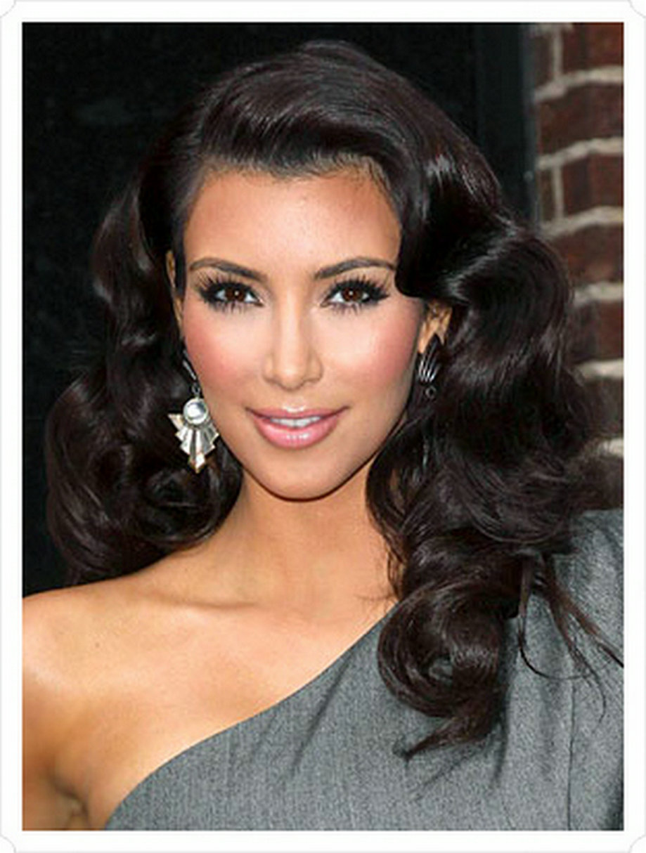 kim kardashian side part black