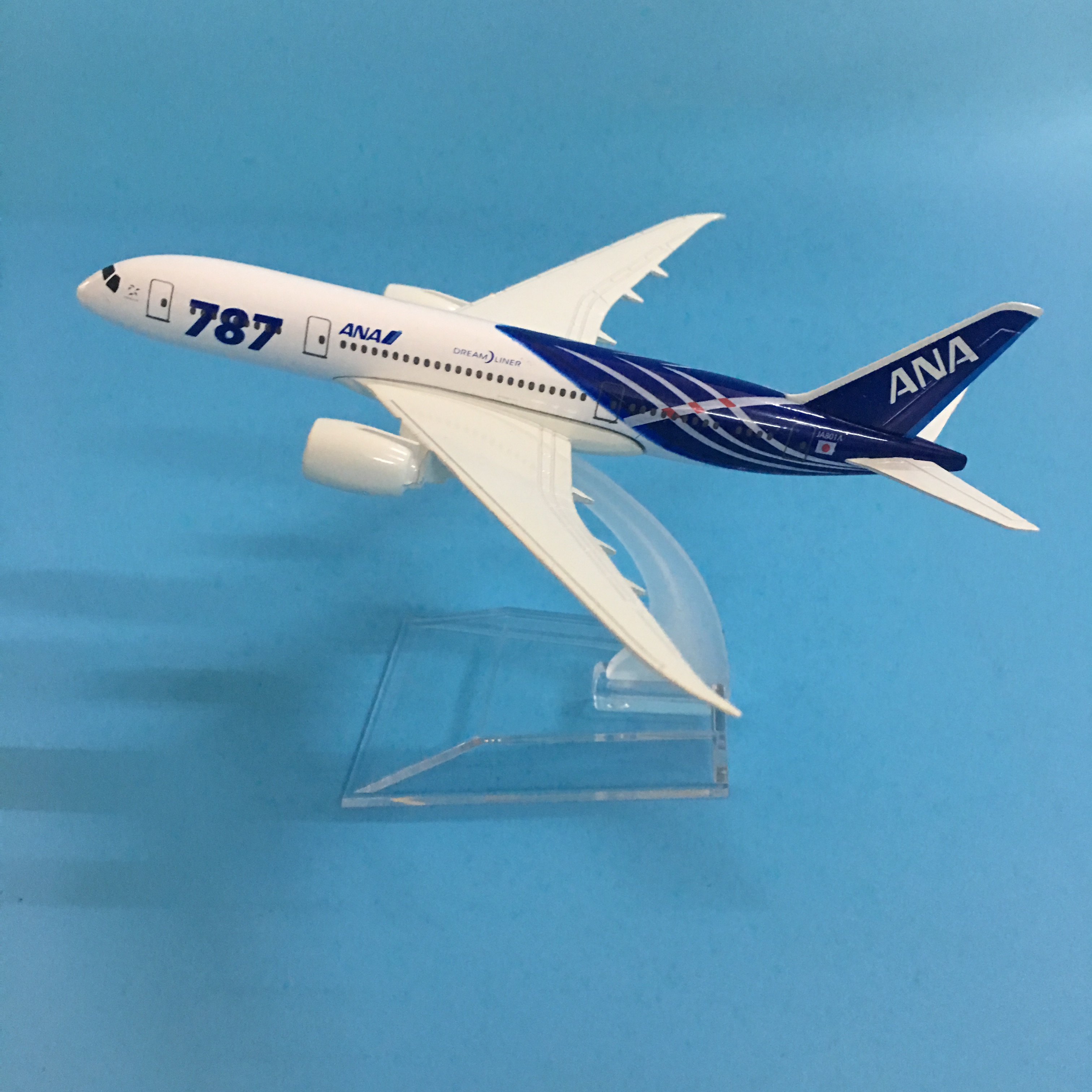 JASON TUTU 16cm Plane Model Airplane Model JAPAN AIR ANA Boeing 787 Aircraft Model 1:400 Diecast Metal Airplanes Plane Toy Gift image