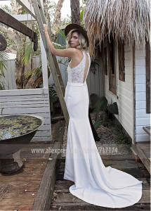 Image 2 - Chic Satin Halter Collar Mermaid Wedding Dress With Lace Appliques Keyhole Back White Bridal Dress vestido de festa curto