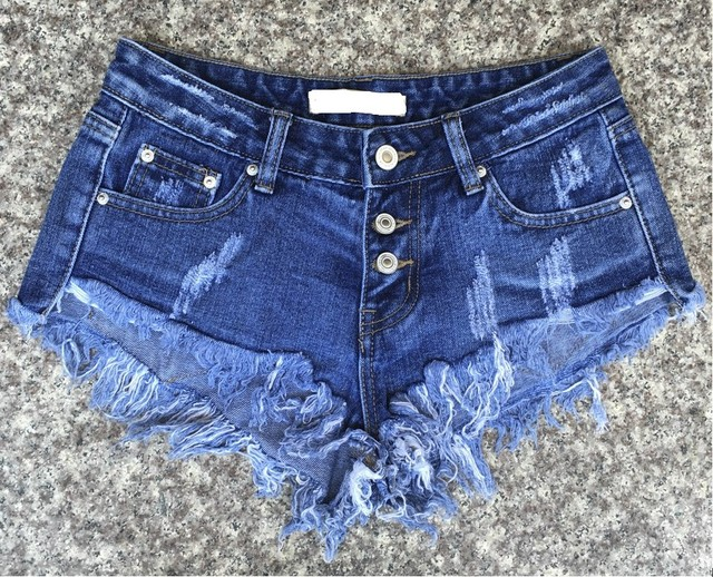 Denim Shorts For Women Fashionable Casual Brand Vintage Tassel Button Modern Sexy Ripped Loose