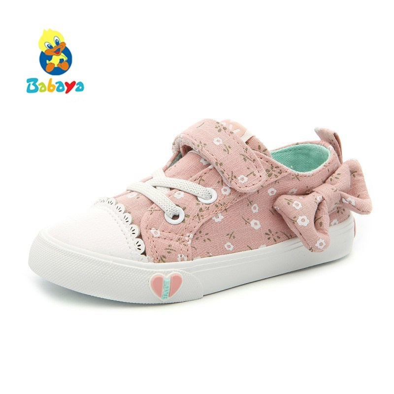 купить Children Canvas Shoes Girls Sneakers Bow-knot Breathable 2018 New Spring Princess Shoes For Girl Kids Shoes Girls Lovely Shoes по цене 822.77 рублей
