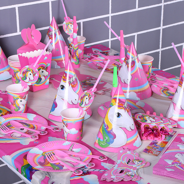 135pcs/lot Horse Children Birthday Party Decorations Kids Party Supplies  Party Favors Birthday Tableware Sets Kids Loved