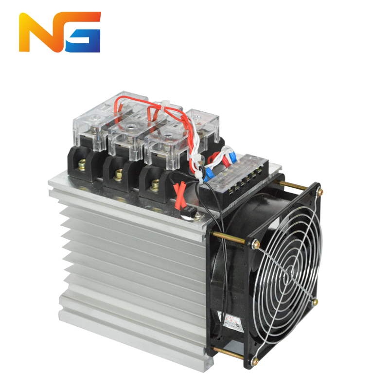 цена на Three-phase industrial grade solid state relay assembly DC-AC DC control AC SSR 80DA with radiator and fan shanghai nenggng