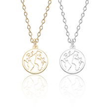 Classic Geometric Circle World Map Pendant Necklace Men And Women Fashion Simple Alloy Single Layer Neck Chain Clavicle