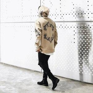 Image 2 - 2019 가을 새로운 디자인 꽃 인쇄 후드 티 남성 힙합 멋진 남성 후드 풀오버 남성 운동복 Streewear Hombres Sudaderas