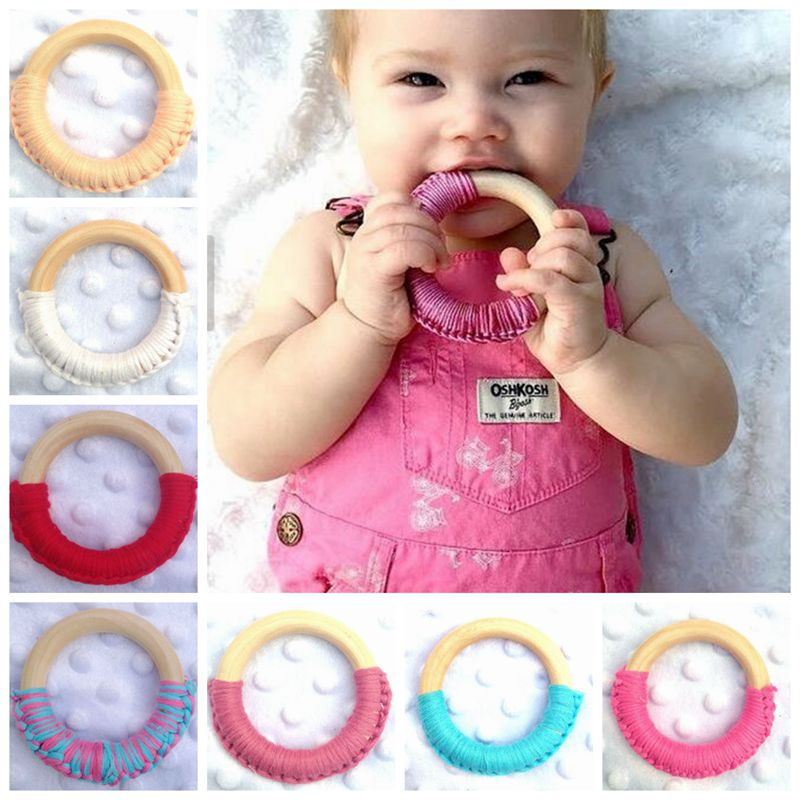 1Pcs Baby Teethers 2017 New Safety Round Wooden Natural Baby Teething Ring Cute Teether Training Newborn Mom Kids Teether Toy
