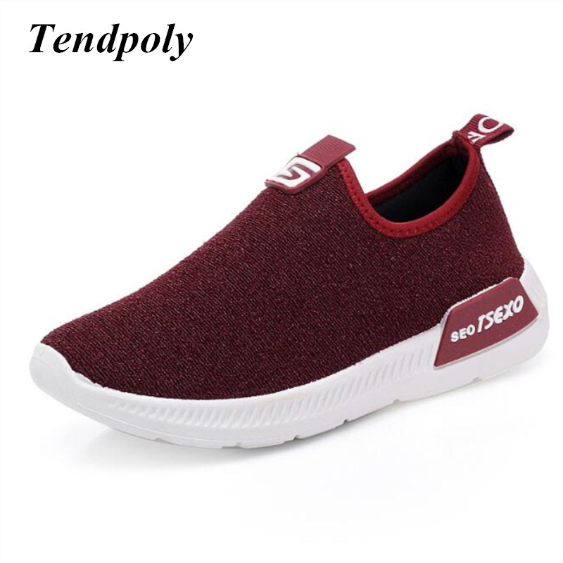 The New retro fashion women's shoes 2018 autumn winter end of thick breathable fashion wild paragraph casual  Lithe soft shoes 2017 autumn and winter new plus velvet thick women s boots soft bottom comfortable breathable mother shoes wild leather