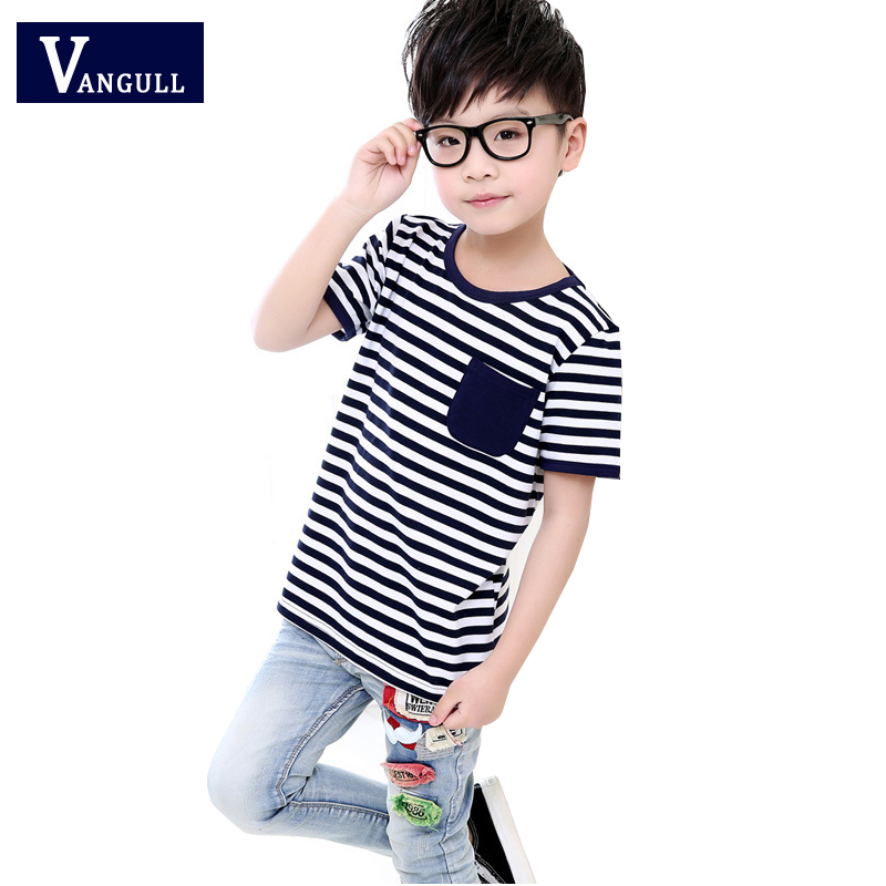 The 2017 summer boy all-match sports leisure T-shirt 3-11 years old children selling cotton striped cloth Pocket Shirt
