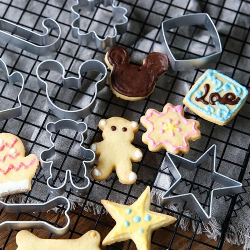 1pcs Cat Sugar Mold Metal Cake Biscuit Cookie Cutter Decor Mould DIY Baking Tool