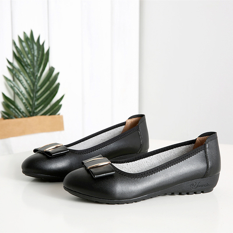 2018 Women Flats Genuine Leather Causal Loafers Slip On Boat Shoes Soft Leather Flat Heel Anti-skidding Lady Flats Flat Heel
