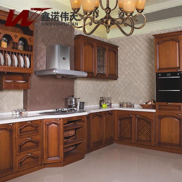 armoire de cuisine en bois massif. Black Bedroom Furniture Sets. Home Design Ideas