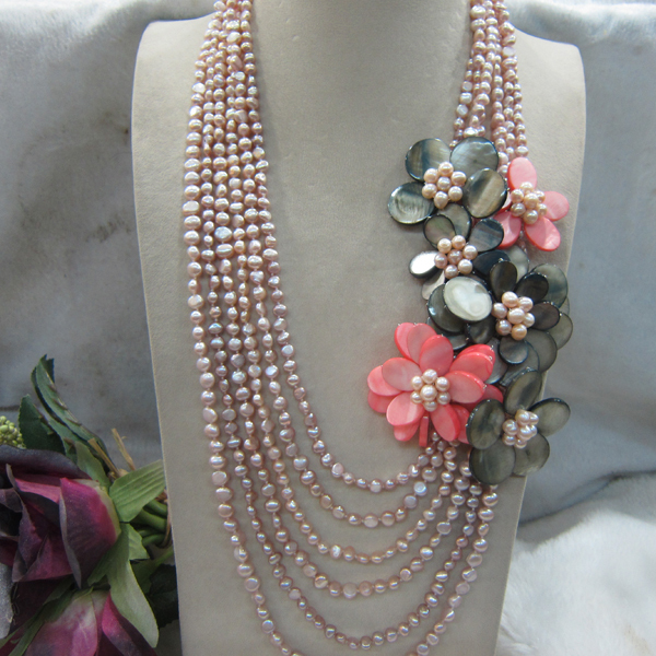 2015 new arrival natural Pink Freshwater baroque pearl and gray shell flower Wrap necklace