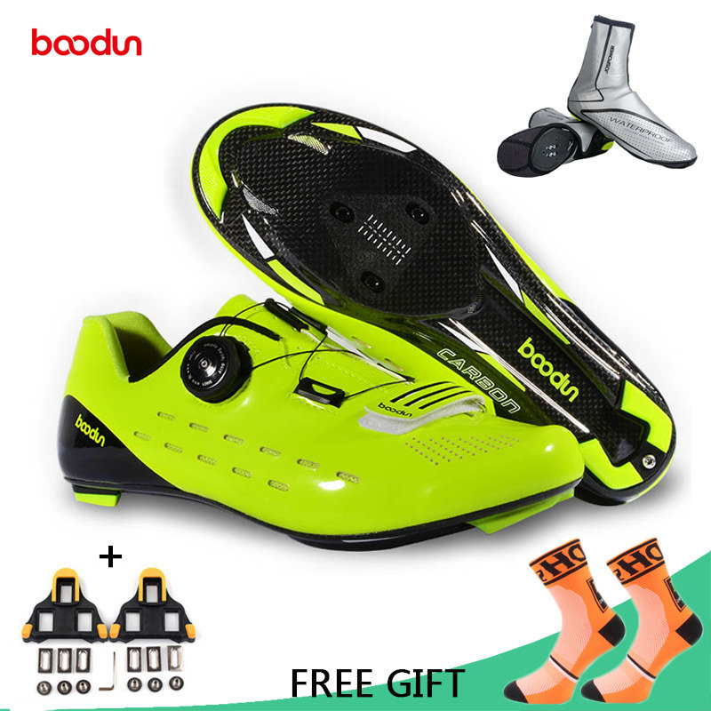 Boodun Professional Carbon Fiber Cycling Shoes Men Racing Road Bike Ultralight Breathable Shoes Self Locking Bicycle
