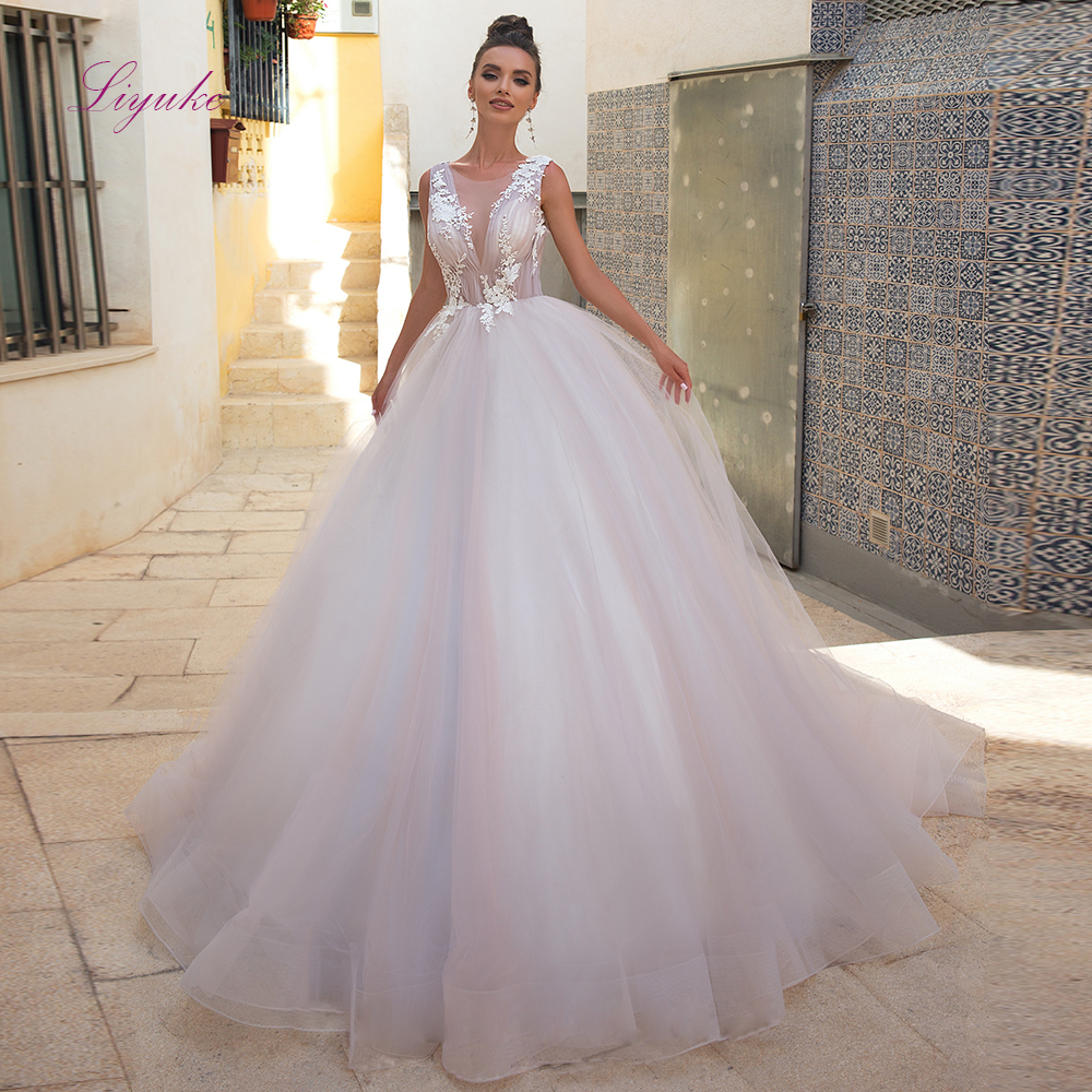 Liyuke Ball Gown Married Wedding Dress 2019 Lace Appliques O-neck Backless Tulle Customized Free Shipping