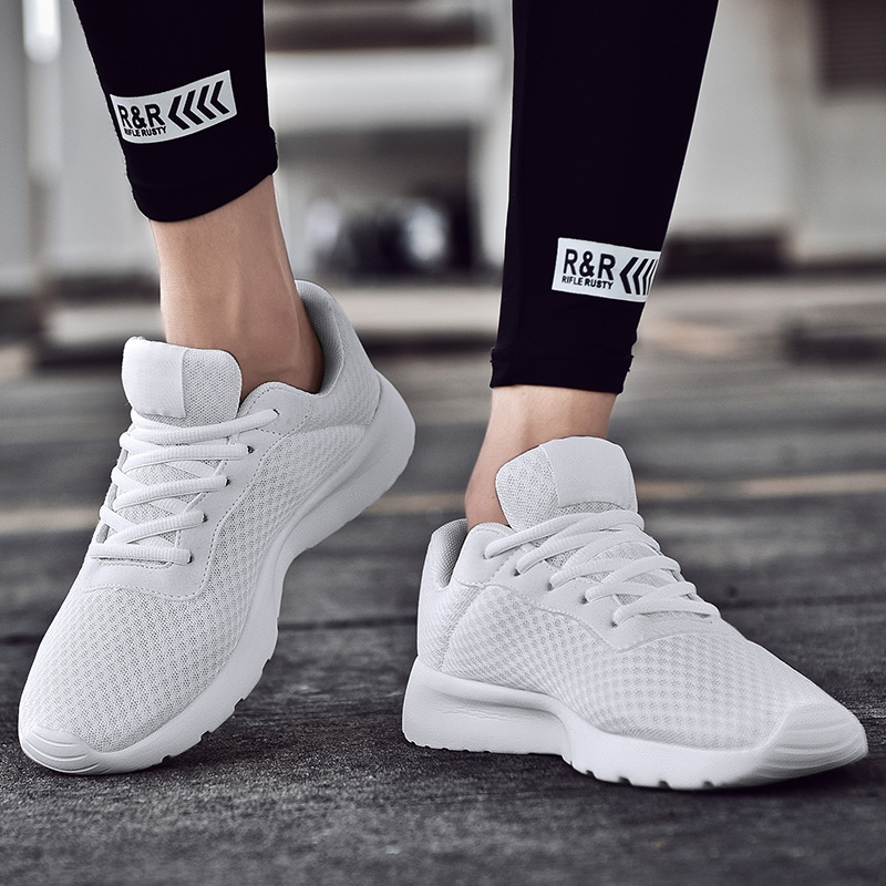 Men's Running Shoes For Women Breathable Mesh Sneakers Antiskid Damping Outsole Athletic Sport Shoes Training Run Zapatills Plus