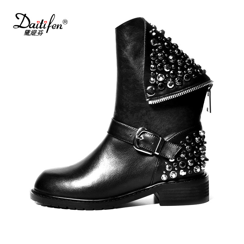 Daitifen High quality Genuine Leather Boots Rivets Square Heels Winter Crystal Ankle Boots Sexy Fur Snow Boots shoes Woman new high quality genuine leather boots rivets square heels autumn winter ankle boots sexy fur snow boots shoes woman size