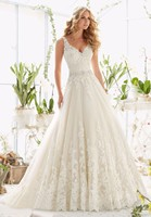 Vivian's Bridal 2018 Fashion Deep V Neck A line Wedding Dress Sleeveless Backless Lace Applique Sashes Floor length Bridal Dress
