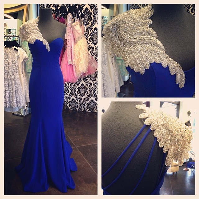 New Arrival Mermaid Formal Evening Gowns One-Shoulder Beaded Backless Floor Length Royal Blue Chiffon Long Evening Dress 2019