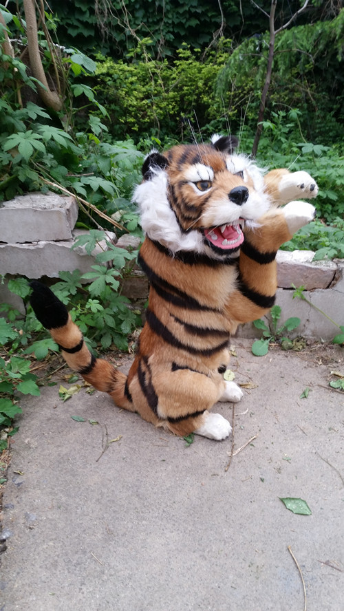 big new simulation right tiger model plastic&fur standing tiger doll gift 43x27cm a185 эспандер грудной housefit dd 6304