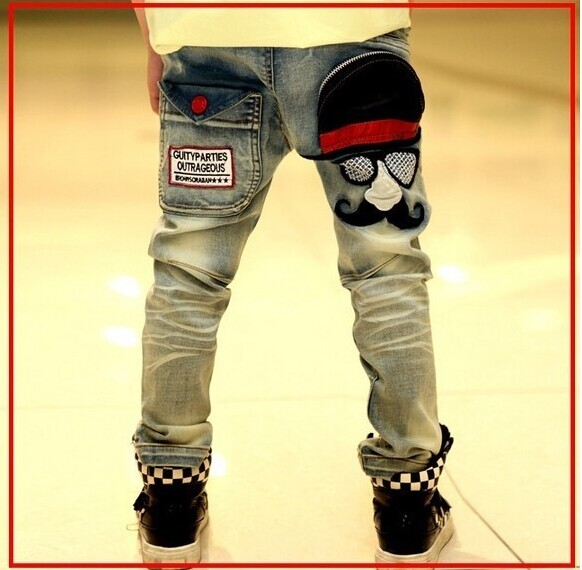 2015 Children clothing Autumn Boys jeans with mustache print high quality lower price  B031