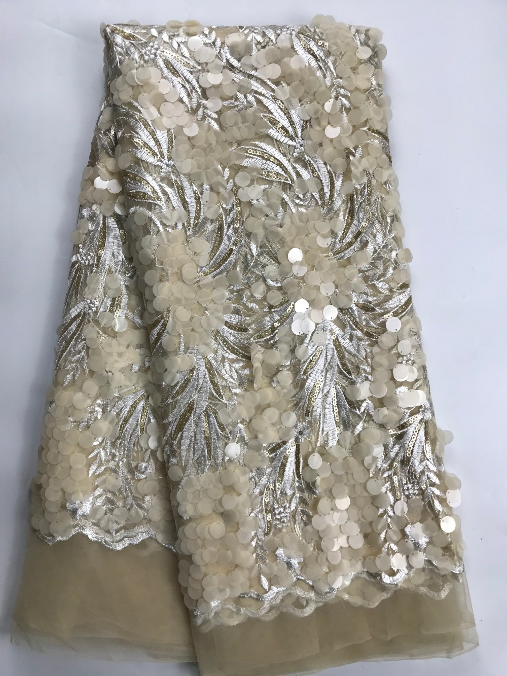 African French Embroidered sequins Lace Fabric High Quality Nigerian Laces Fabric Bridal French Tulle Lace FabricAfrican French Embroidered sequins Lace Fabric High Quality Nigerian Laces Fabric Bridal French Tulle Lace Fabric