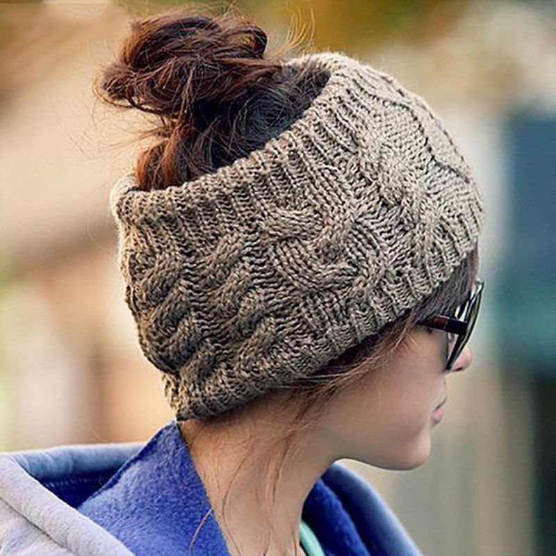 Women Winter Warm Messy Bun Ponytail   Beanie   Holey 2018 Brand New Girls Warmer Knitted Stretch Autumn Turban Cap Casquette CP0164