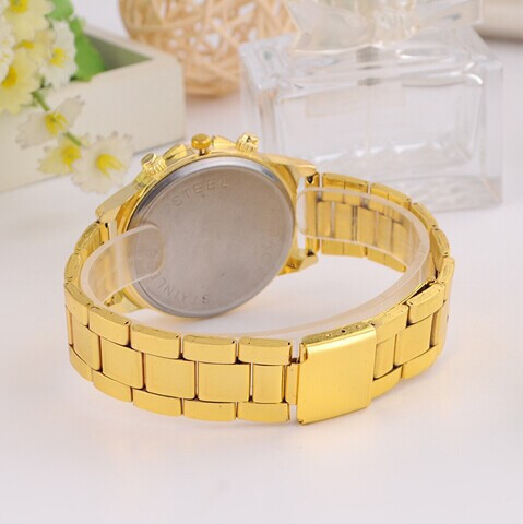 2015-New-Arrival-Fashion-Gold-Grind-arenaceous-dial-Women-quartz-watch-Crystal-Rhinestone-Casual-Watch-Women (3)