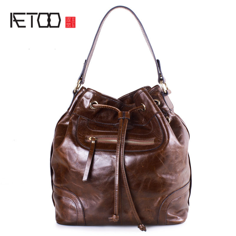 AETOO Shoulder bag new slim cross handbag bucket female fashion oil wax cowhide bag European and American style female bag hansomfy womens handbags solid patent leather shoulder bag european and american style versatile female vintage bucket brand bag