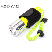 100% Waterproof IP67 Diving Flashlight XML T6 LED 10W Underwater Torch 18650 LED Diver Flash light with rope and Wristband 8023