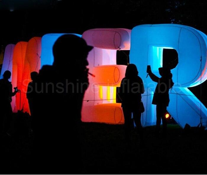 Adaptez les lettres gonflables géantes de conception avec la LED, l'alphabet gonflable d'éclairage pour la publicité