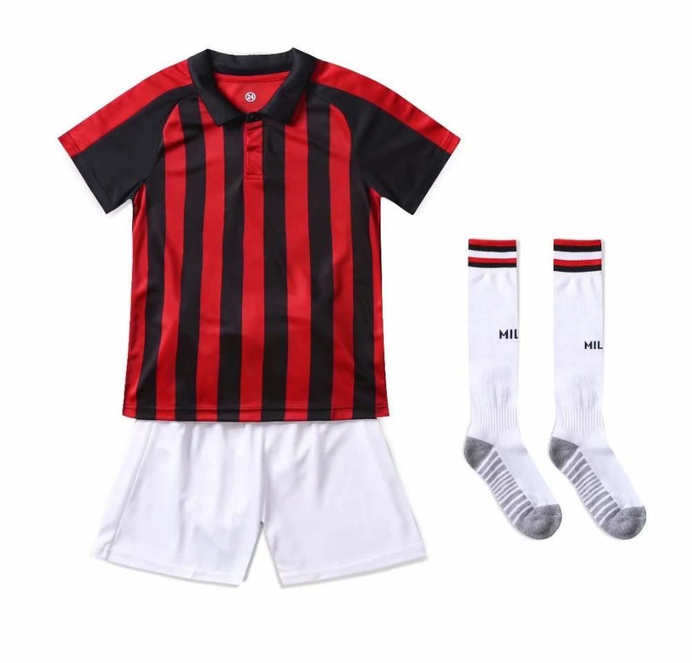 Adult football jersey suit blank custom 100 polyester football jersey suit men and women football jersey suit socks in Soccer Sets from Sports Entertainment
