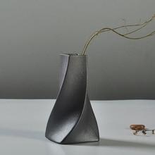 Classic Black Porcelain Flower Vase Ceramic Arts And Crafts Home Office Tabletop Decoration Art Crafts Style DIY Vase Gift