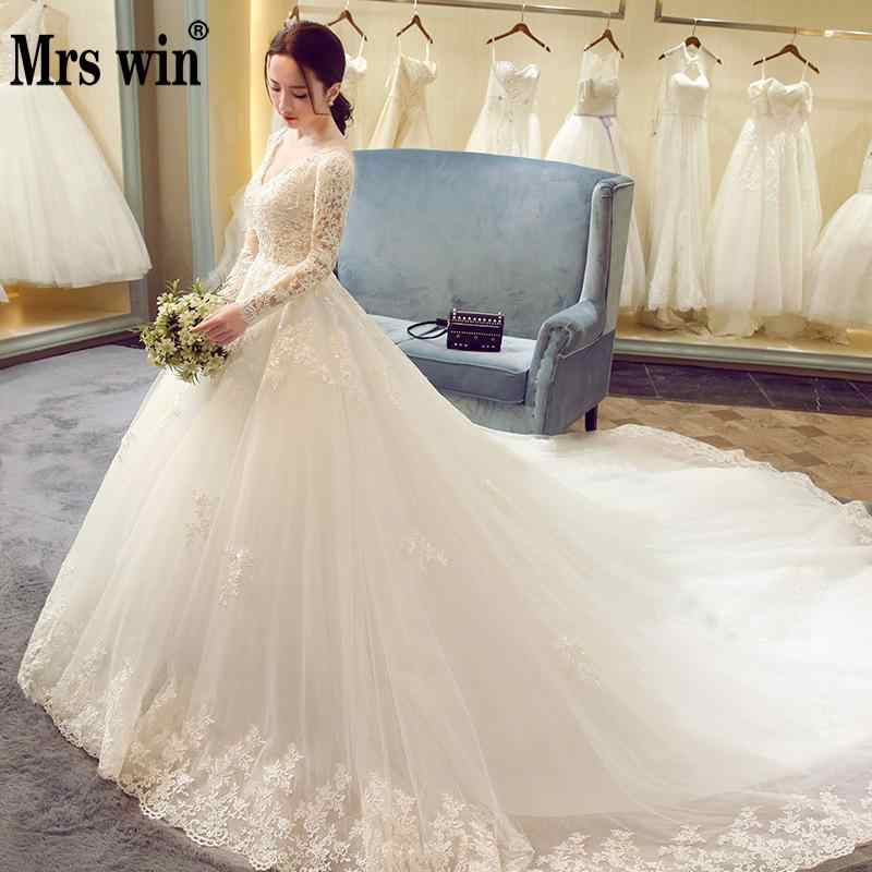 d49301064b56 2018 New Winter Sexy V Neck Long Sleeve Wedding Dress 80cm Tail Prinecess Wedding  Gown Vestido
