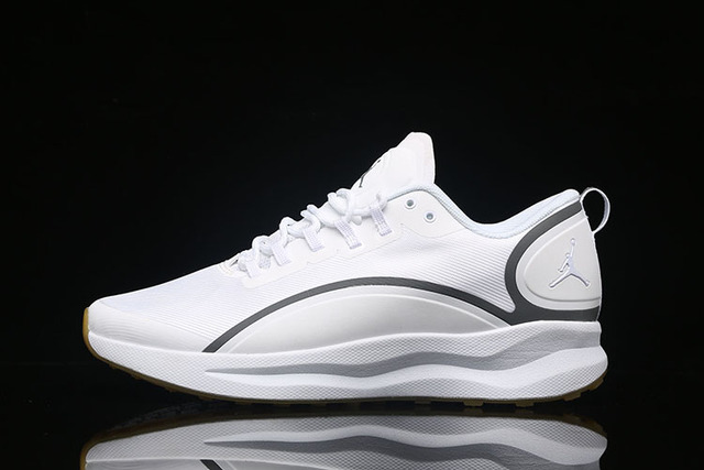 e74a115575a7a Jordan Men Basketball shoes Rosso Corsa Crack Flights Speed Athletic  Outdoor Sport Sneakers 40-45