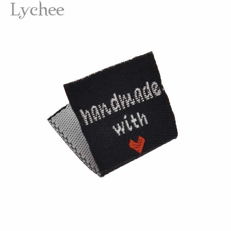 ลิ้นจี่ 100Pcs Handmade With Love ป้ายเสื้อผ้า Embossed หมวดหมู่ DIY ป้ายสำหรับเสื้อผ้าเย็บอุปกรณ์เสริม