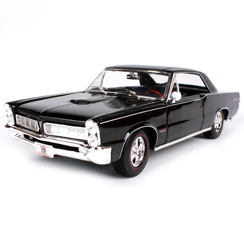 Maisto 1:18 1965 pontiac gto hurst <font><b>car</b></font> diecast 285*100*80 classic luxury black men <font><b>car</b></font> model motorcar collective edition 31885 image