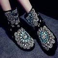 Aidocrystal precio Barato de la alta calidad hecha a mano del brillo 2016 venta caliente de la manera negro cálido invierno botas de nieve para las mujeres el envío libre