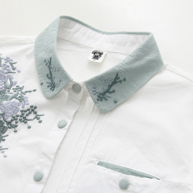 Floral Embroidery White Blouse 4