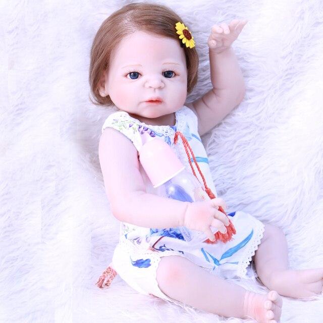 Nyata Boneka reborn 22 inch reborn bayi boneka silikon penuh berakar rambut  dapat memasukkan air bonecas b08bf6f6f2