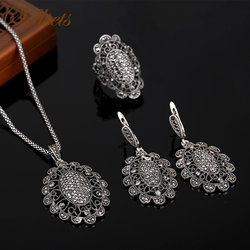 Sellsets High Quality Antique Silver Color Fashion Jewellery Vintage Black Rhinestone Jewelry Sets 2016 cross shape rhinestone hollow out silver plated jewellery sets stylish indian wholesale fashionable jewellery sets
