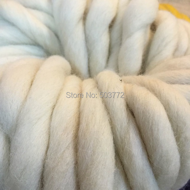 100% Merino Wool Super Bulky Chunky Knitting Yarn for Hand knitting Thick  Woolen Yarns 0.5LBS 9OZ Color  004 Light Gray-in Yarn from Home   Garden on  ... f47ee9ec7