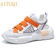 düz moda beyaz ayakkabı