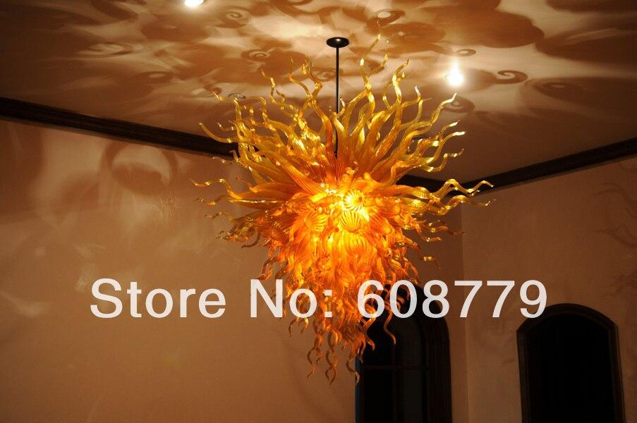 Luminaire de plafond intérieur avec ampoule LED
