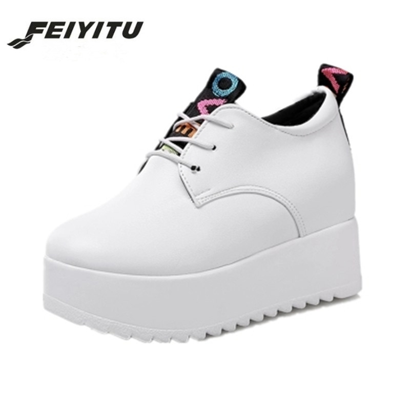 FeiYiTu Spring Autumn Women Flats Shoes 2018 new fashion creepers shoes woman Thick Sole Creepers platform shoes white black