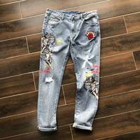 Модные Для мужчин джинсы 2019 взлетно посадочной полосы роскошь известный бренд Европейский дизайн вечерние стиль Мужская одежда WD03453
