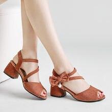 9cc0ff2624 YMECHIC 2018 Moda Festa de Verão Ladys Sapatos Estável Bowtie de Salto Alto  Borboleta-nó Cruz Amarrada Sandálias Das Mulheres Pe.